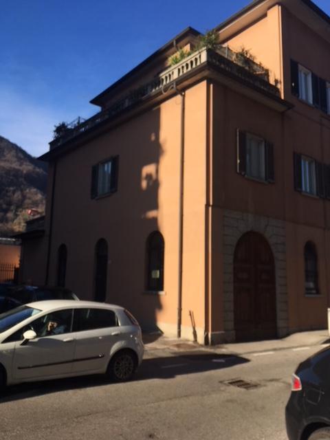 Negozio / Locale in affitto a Como, 2 locali, zona Località: Viale Varese/Via Borsieri, prezzo € 500 | CambioCasa.it