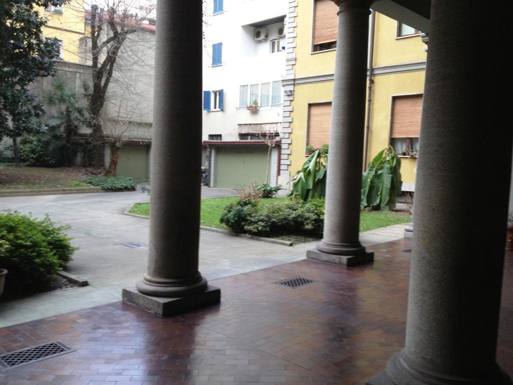 Bilocale Milano Lazzaro Palazzi 21 2