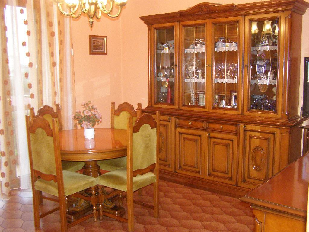 Bilocale Limbiate Via Trieste 120 1