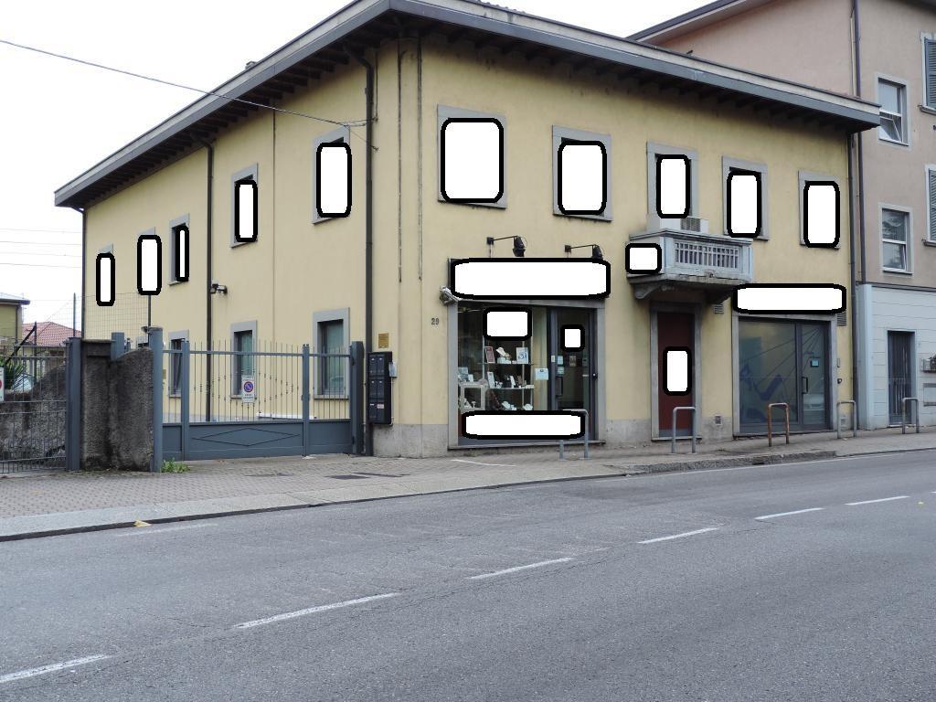Ufficio / Studio in Vendita a Cisano Bergamasco