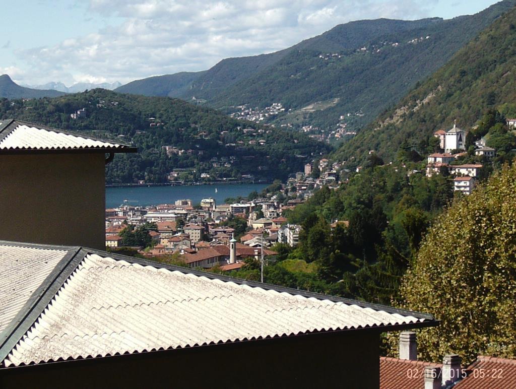 Appartamento in vendita a Como, 3 locali, zona Località: Lora (dietro la Chiesa, prezzo € 140.000   CambioCasa.it