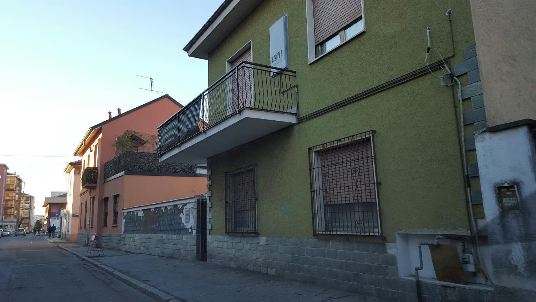 Bilocale Varedo Via Camillo Benso Conte Di Cavour 2