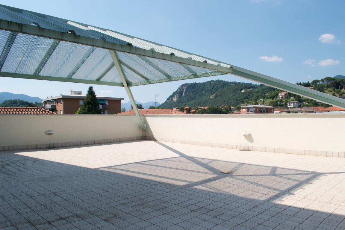 Appartamento in affitto a Cisano Bergamasco, 3 locali, zona Località: Centro, prezzo € 950 | CambioCasa.it