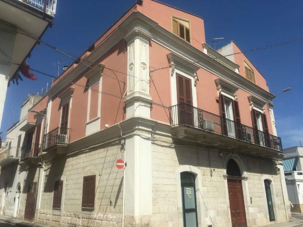 Appartamento bari via g modugno in vendita waa2 for Casa di 900 metri quadrati in vendita