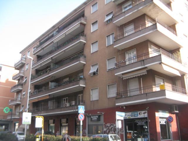 Appartamento in vendita a Monza, 3 locali, zona Località: Triante, prezzo € 140.000 | Cambiocasa.it