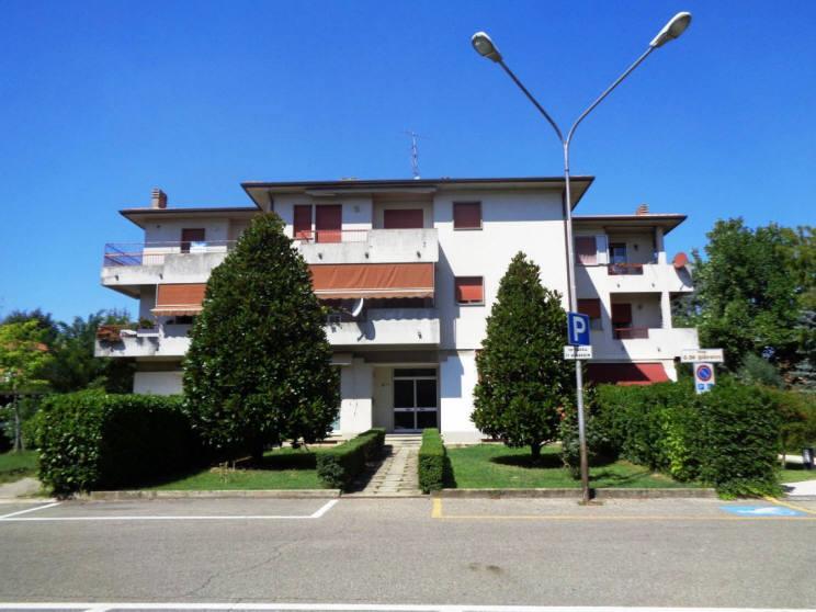 Appartamento in vendita a Castel Bolognese, 4 locali, zona Località: SOPRA VIA EMILIA, prezzo € 133.000 | Cambio Casa.it