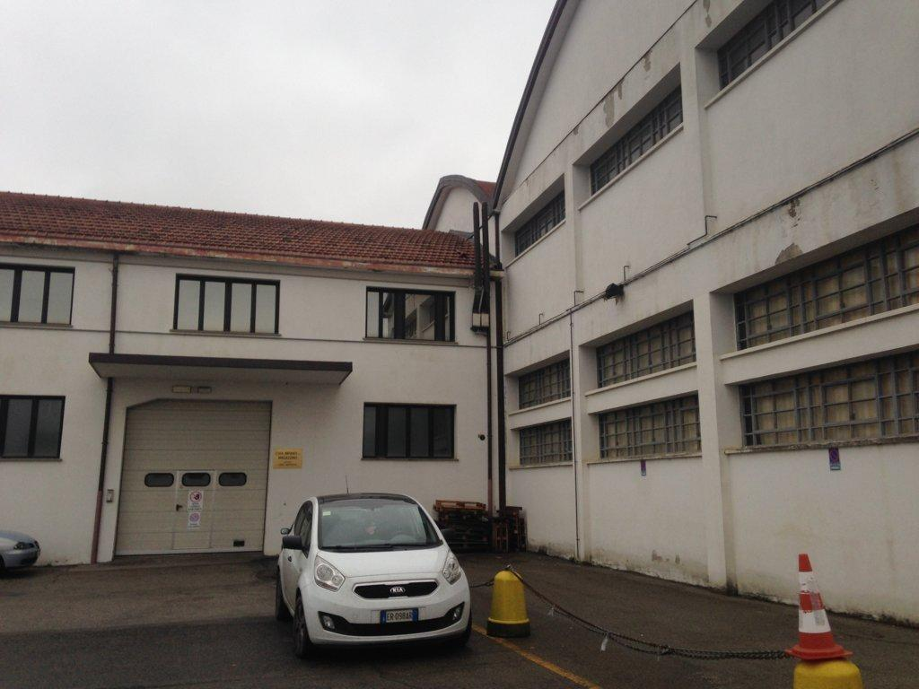 Capannone in vendita a Bologna, 9999 locali, prezzo € 430.000 | Cambio Casa.it