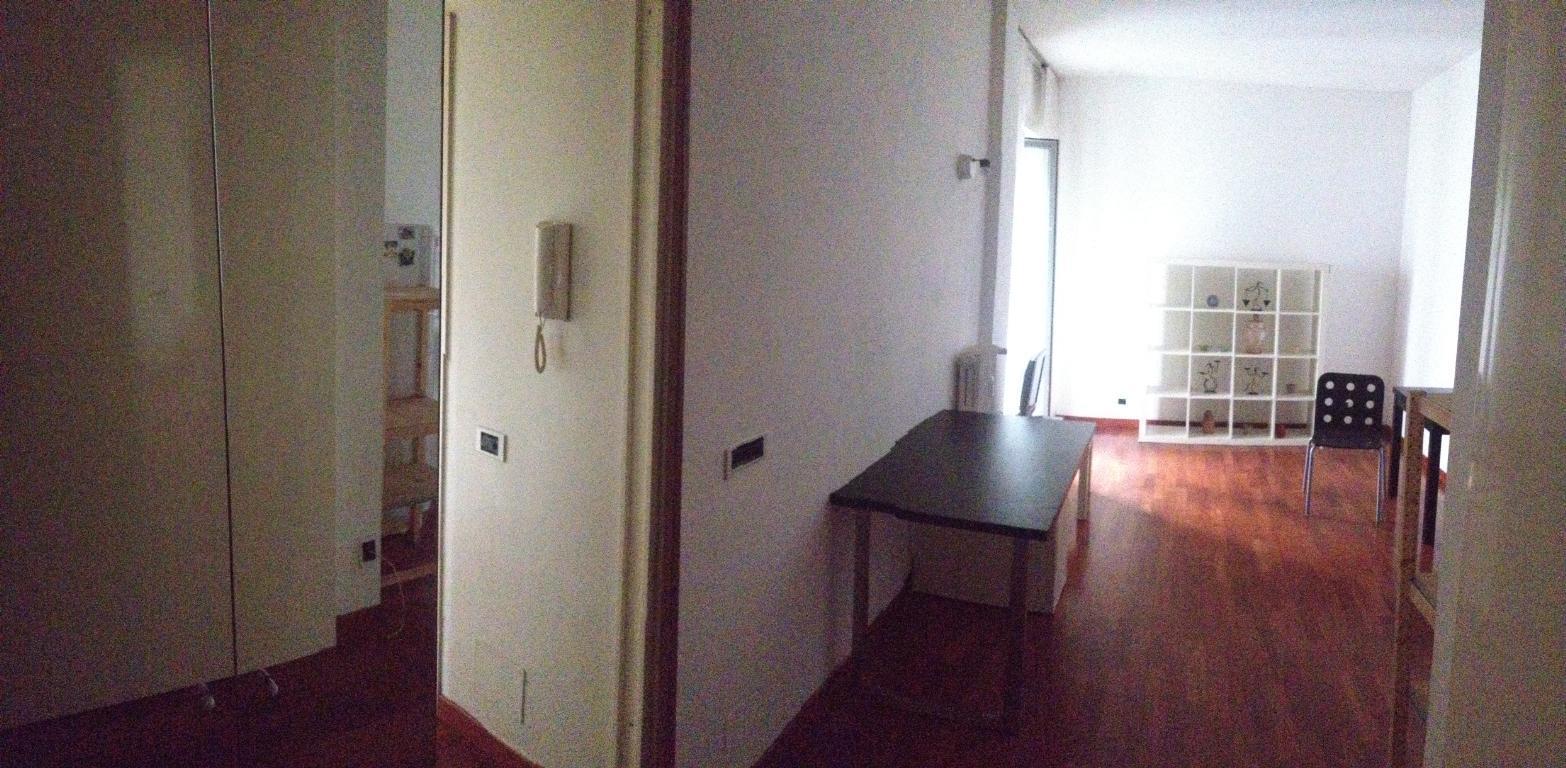 Bilocale Milano Via Cavezzali 16 1