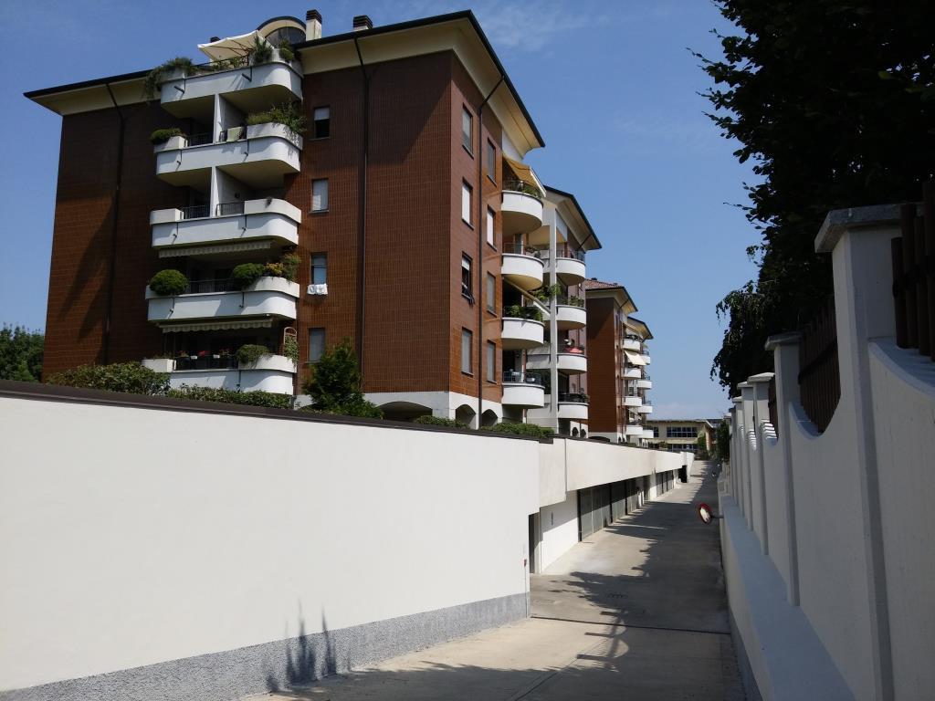 Box / Garage in vendita a Agrate Brianza, 1 locali, prezzo € 24.000 | CambioCasa.it