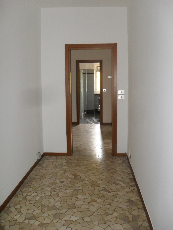 Bilocale Milano Via Fornari 7