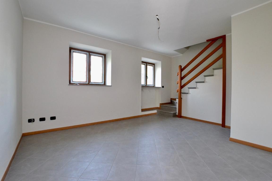 Villa a Schiera in vendita a Caprino Bergamasco, 3 locali, zona Zona: Sant'Antonio, prezzo € 137.000 | CambioCasa.it