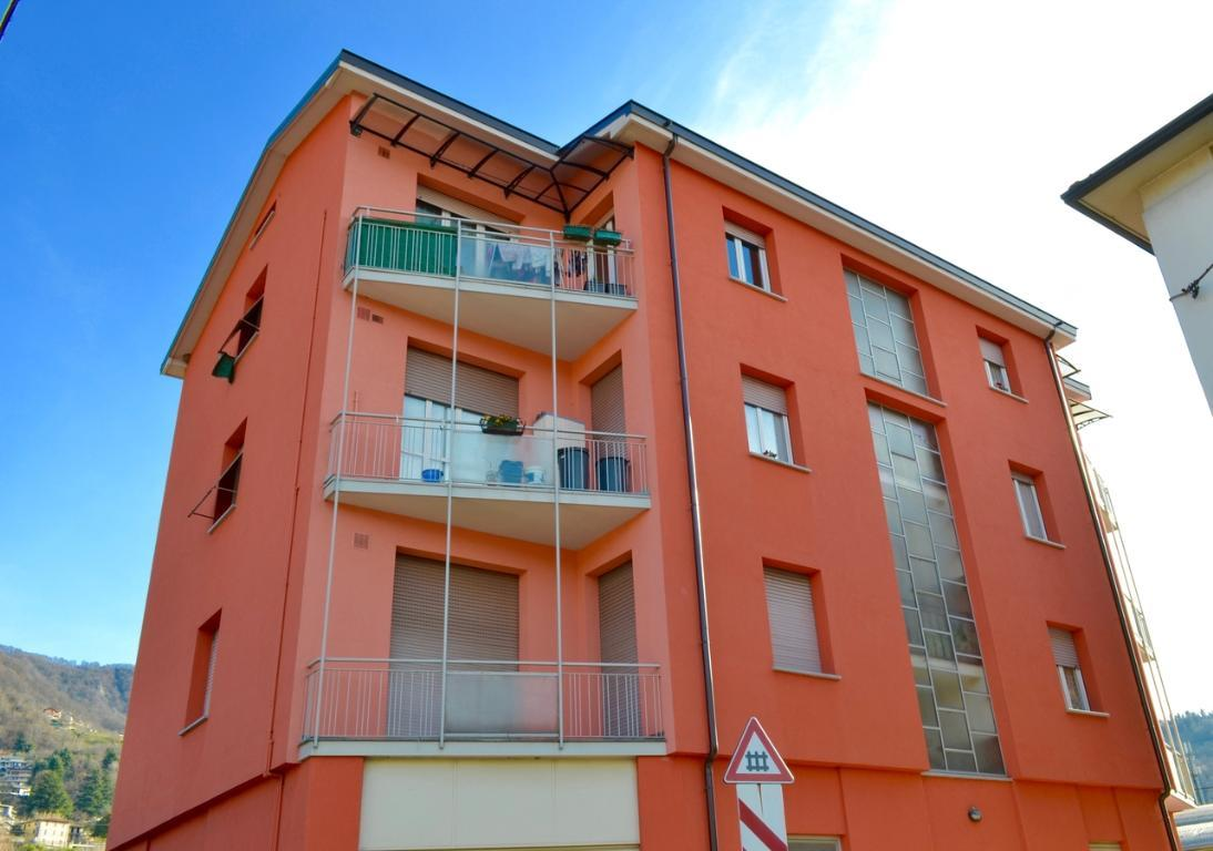 Appartamento in vendita a Calolziocorte, 3 locali, zona Zona: Sala, prezzo € 113.000 | Cambio Casa.it