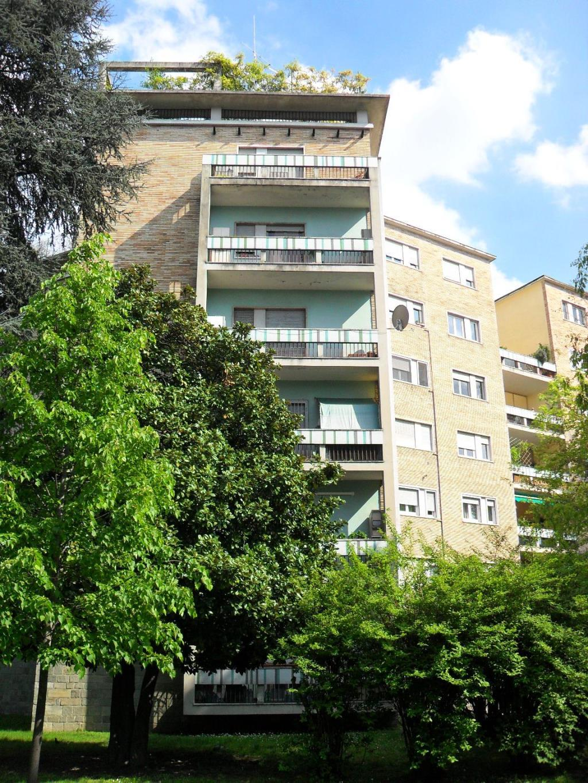 Bilocale Milano Via Fornari 5