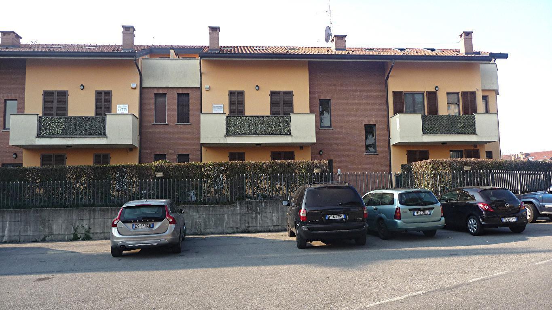 Bilocale Aicurzio Via Dante Allighieri 19 3