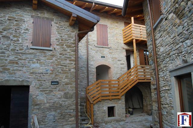Appartamento in vendita a Pontida, 3 locali, zona Località: Valmora, prezzo € 180.000 | Cambio Casa.it