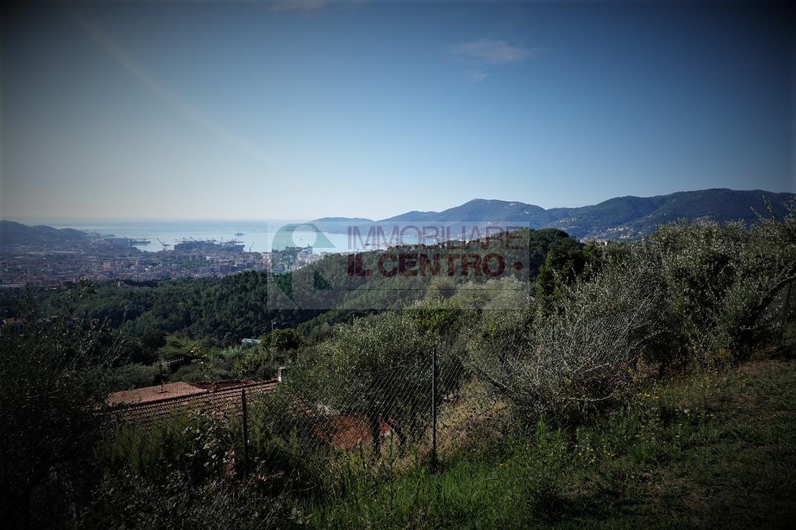 Villa Unifamiliare - Indipendente, 245 Mq, Vendita - La Spezia