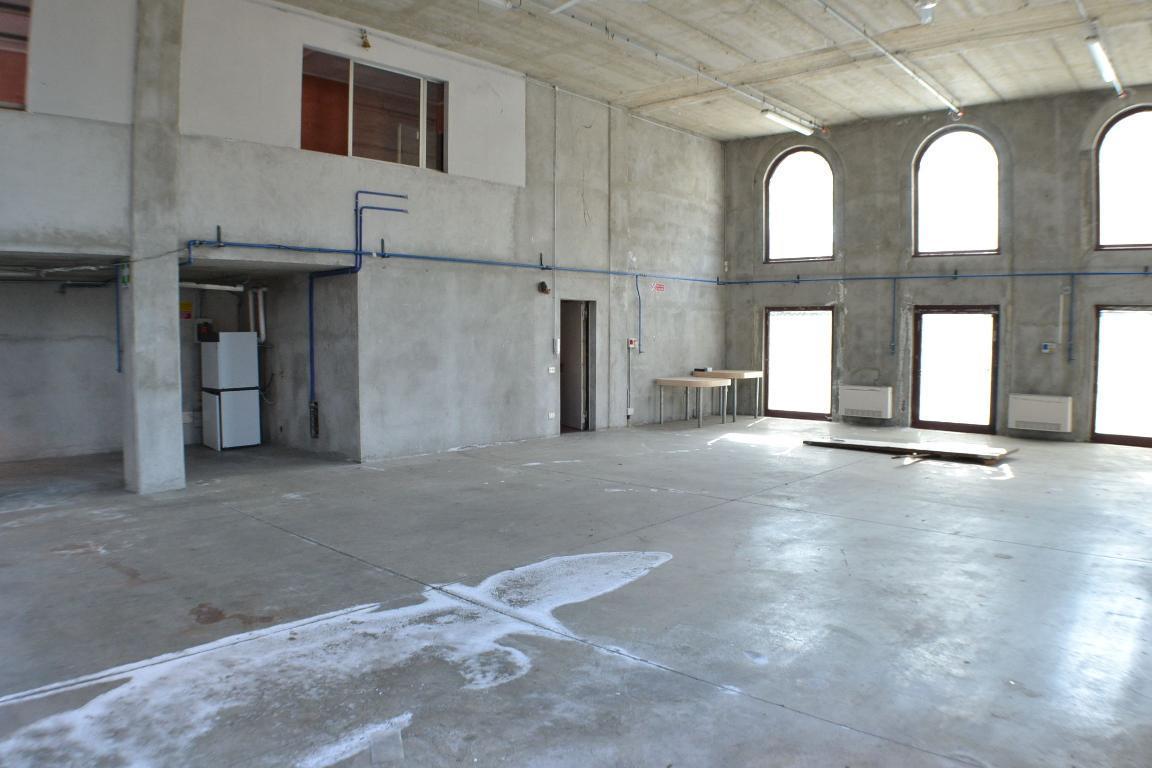 Affitto laboratorio Calolziocorte superficie 250m2