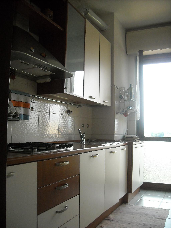 Bilocale Vimercate Via Pellizzari 6