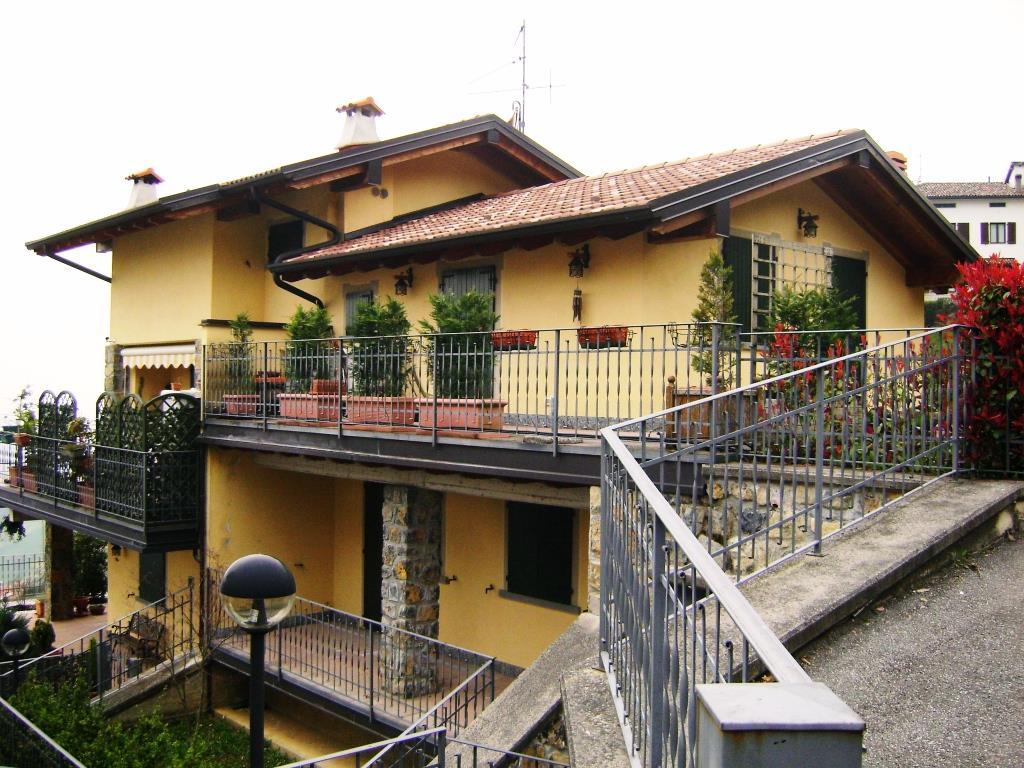 Appartamento in vendita a Costa Serina, 1 locali, zona Località: Val Serina, prezzo € 49.000 | CambioCasa.it