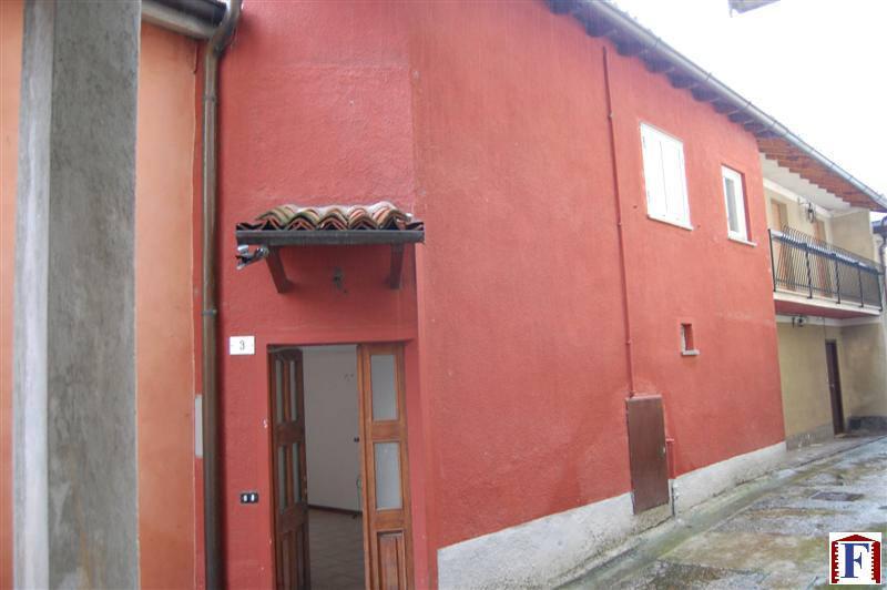 Villa in vendita a Torre de' Busi, 3 locali, prezzo € 100.000 | Cambiocasa.it