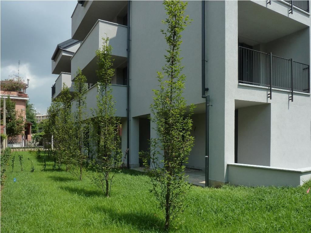 Bilocale Monza Via Medici 18 3