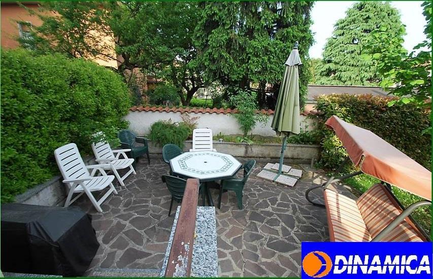 Villa in vendita a Muggiò, 4 locali, zona Località: Confine con La Taccona, prezzo € 470.000 | Cambiocasa.it