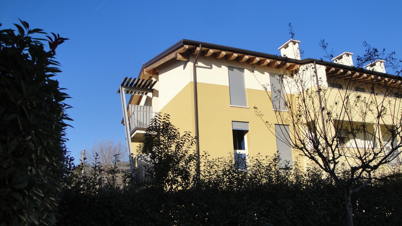Bilocale Cassola Via Silvio Pellico 1
