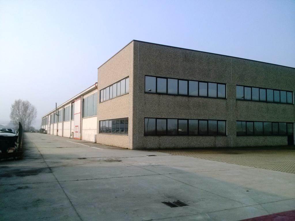 Capannone in vendita a Coniolo, 1 locali, zona Località: Casale Monferrato, prezzo € 1.700.000 | Cambio Casa.it