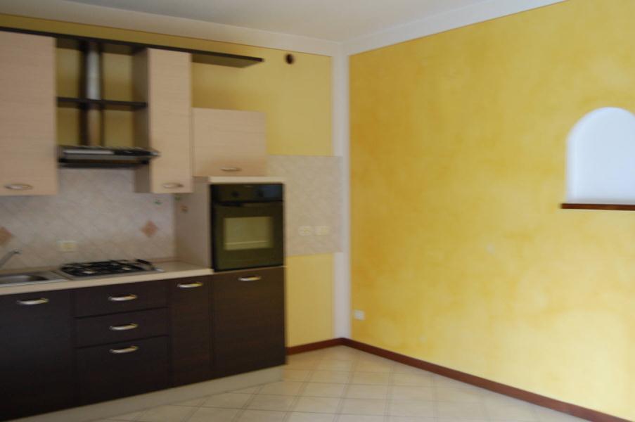 Appartamento in affitto a Ambivere, 3 locali, prezzo € 550 | Cambio Casa.it
