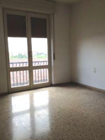 Appartamento in vendita a Seregno, 2 locali, zona Località: Centro, prezzo € 72.000   Cambio Casa.it