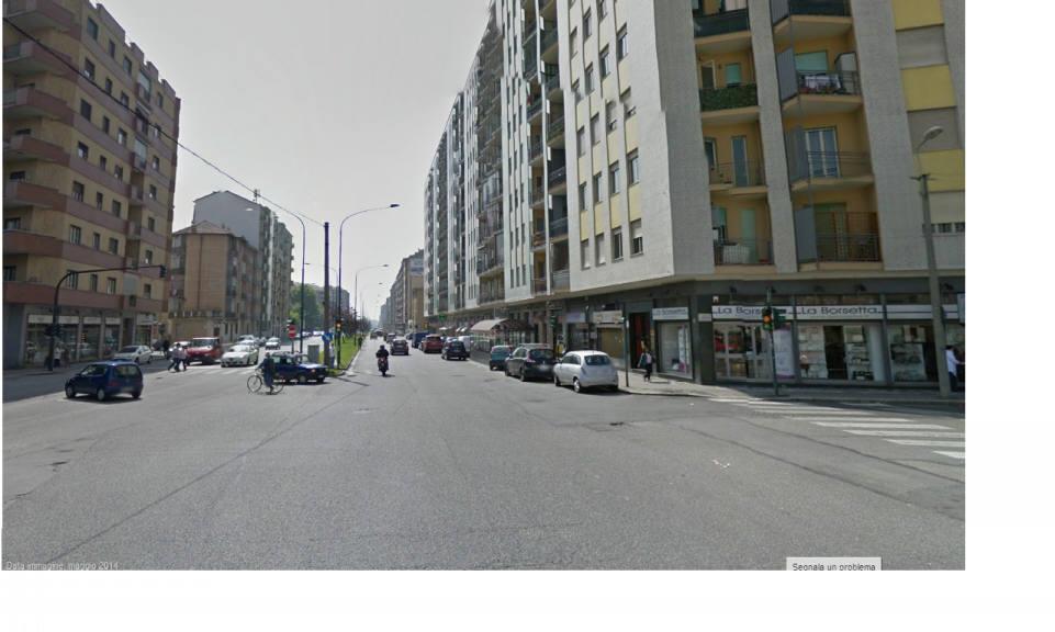 Bilocale Torino Via De Sanctis 5
