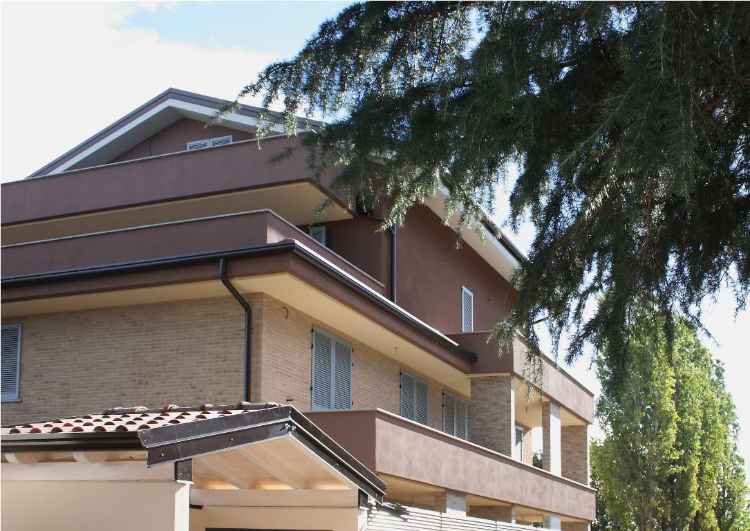 Appartamento in vendita a Carate Brianza, 2 locali, prezzo € 140.000 | Cambio Casa.it