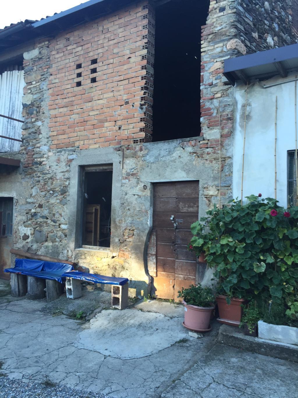 Rustico / Casale in vendita a Varese, 2 locali, prezzo € 27.000 | Cambio Casa.it