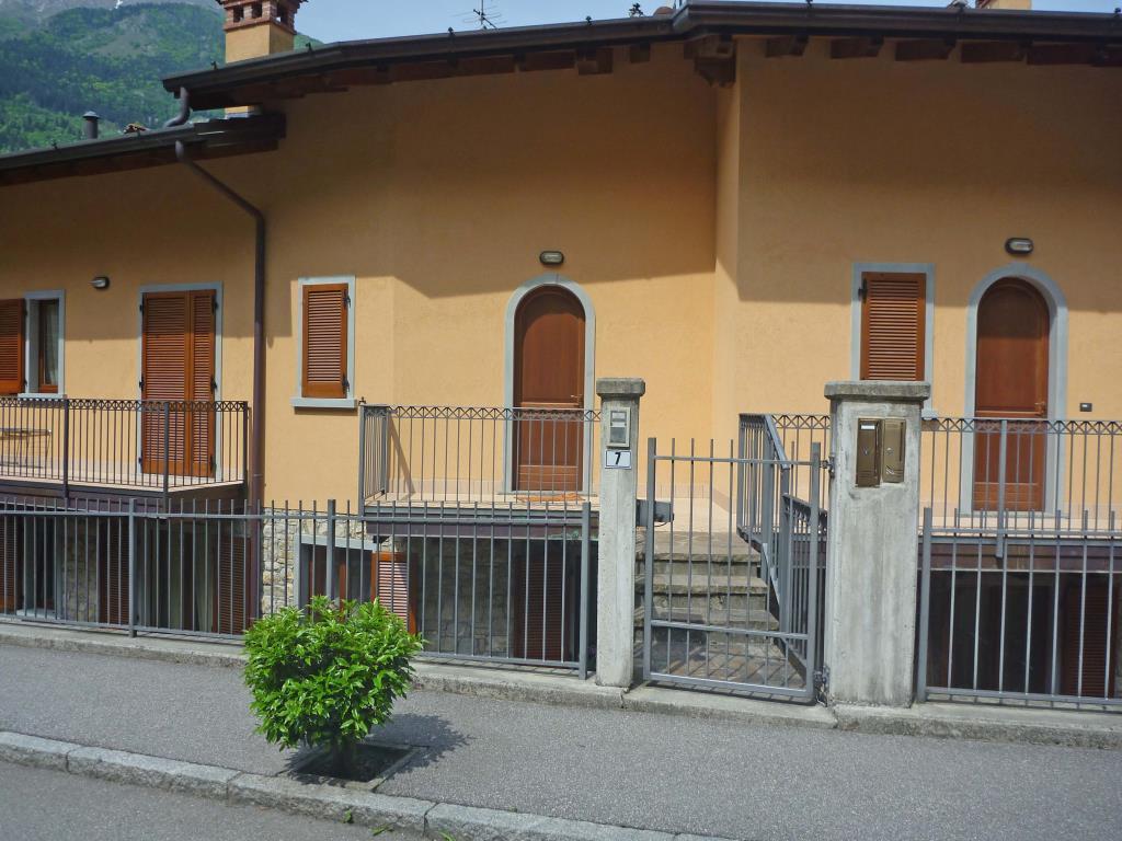 Bilocale Ardesio Via Fortino Basso 1