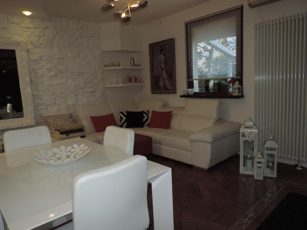 Villa a Schiera in vendita a Calolziocorte, 5 locali, prezzo € 350.000 | Cambio Casa.it