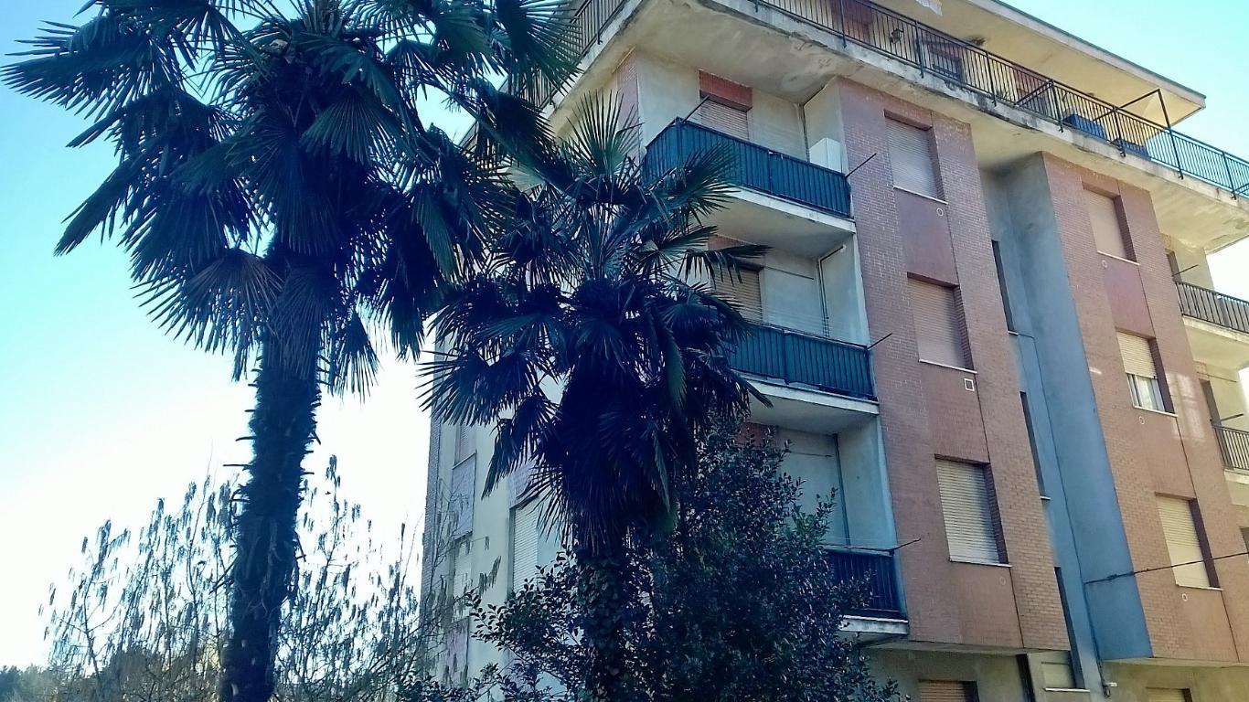 Bilocale Albizzate Via Mazzini 8 2