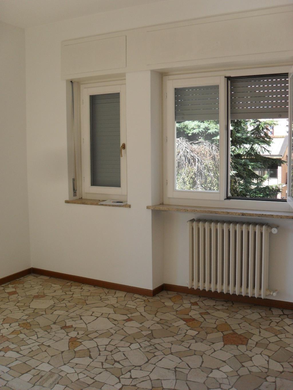 Bilocale Milano Via Fornari 6