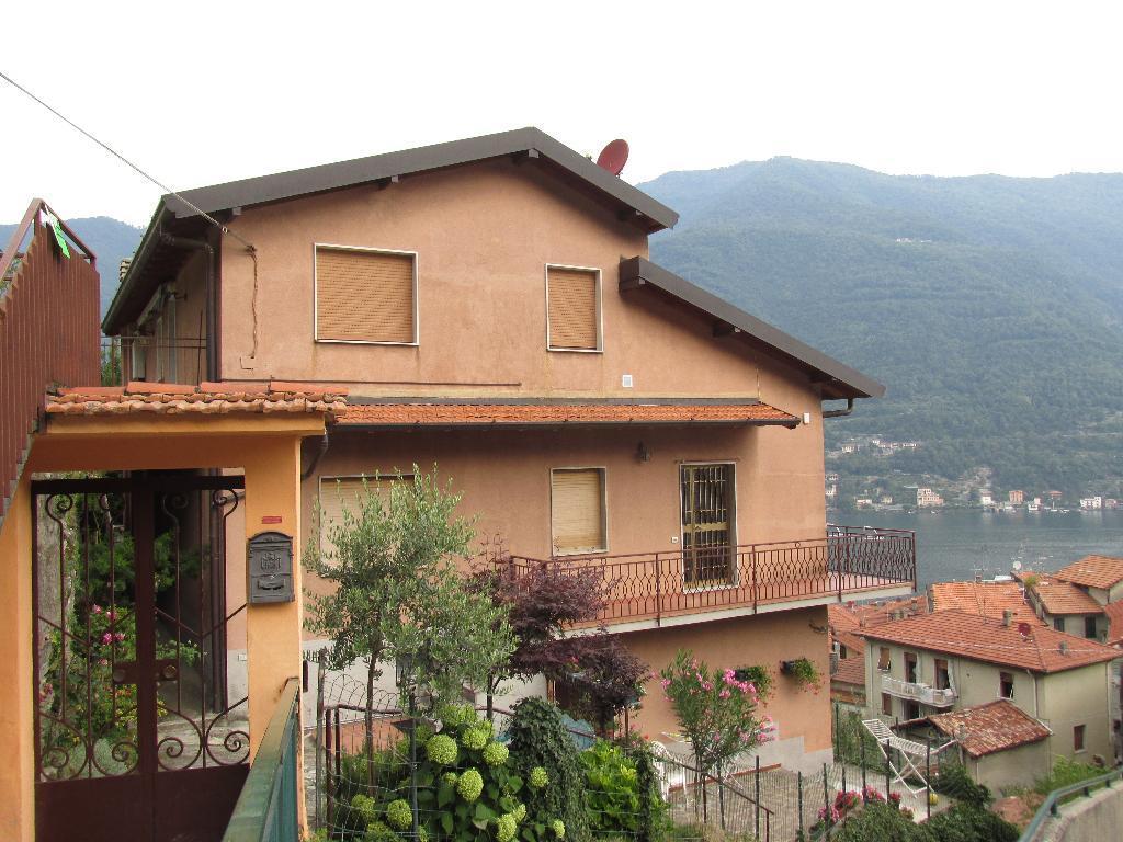 Appartamento in affitto a Torno, 3 locali, zona Località: Parte alta del paese, prezzo € 650 | CambioCasa.it