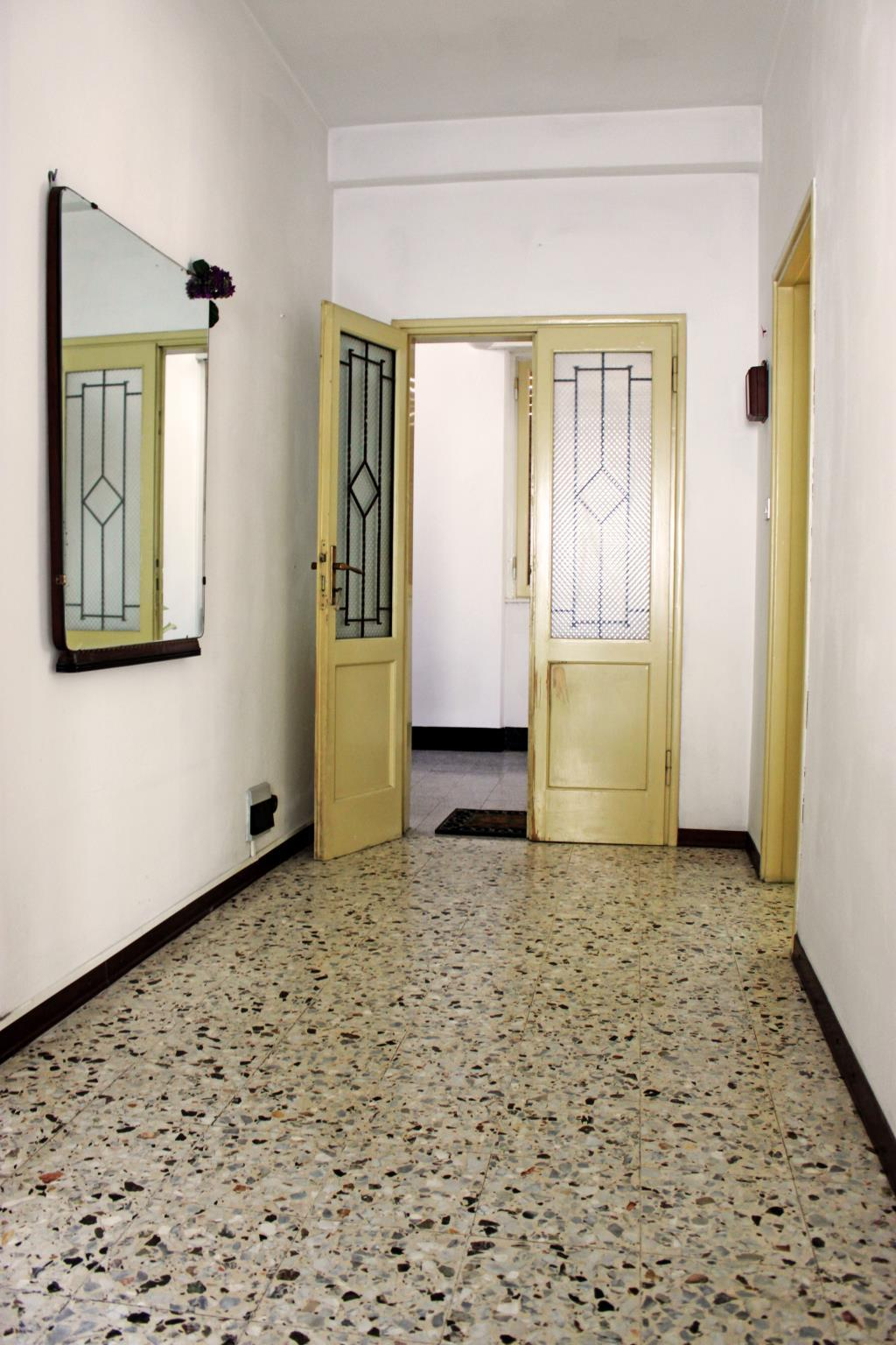 Bilocale Mandello del Lario Via Per Maggiana 6
