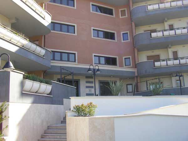 roma vendita quart: cassia flaminia samo-italia-srl
