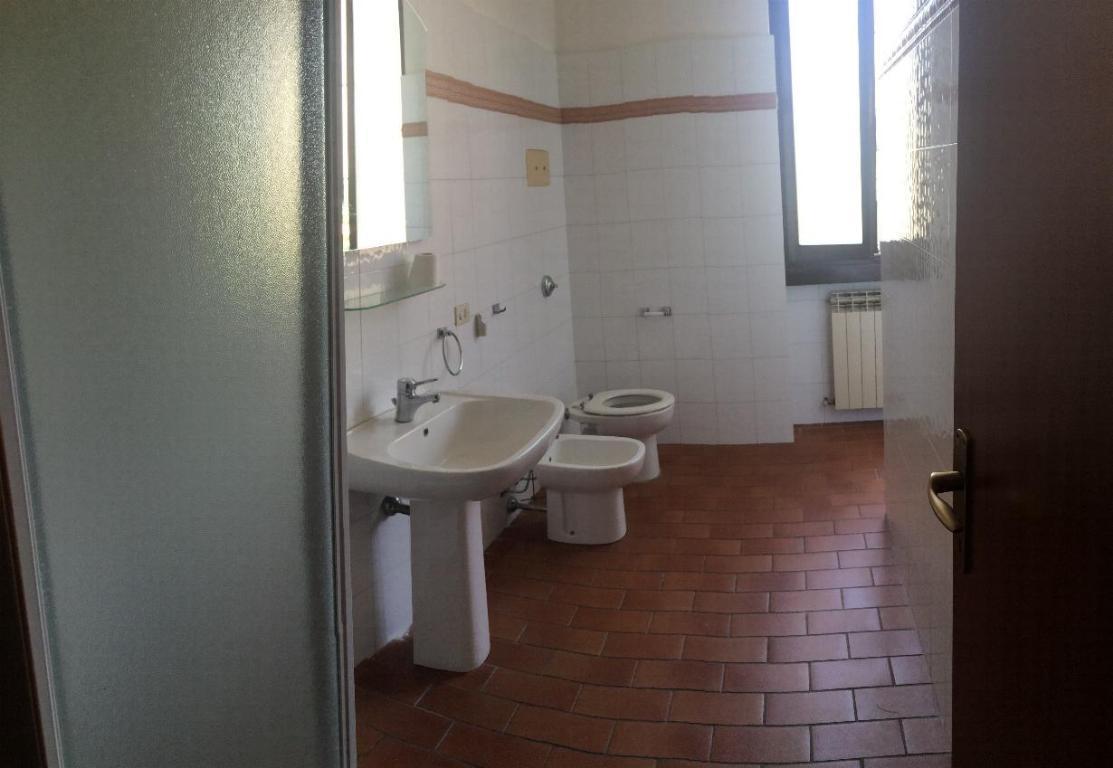 Bilocale Monza Via Benedetto Marcello 13 10