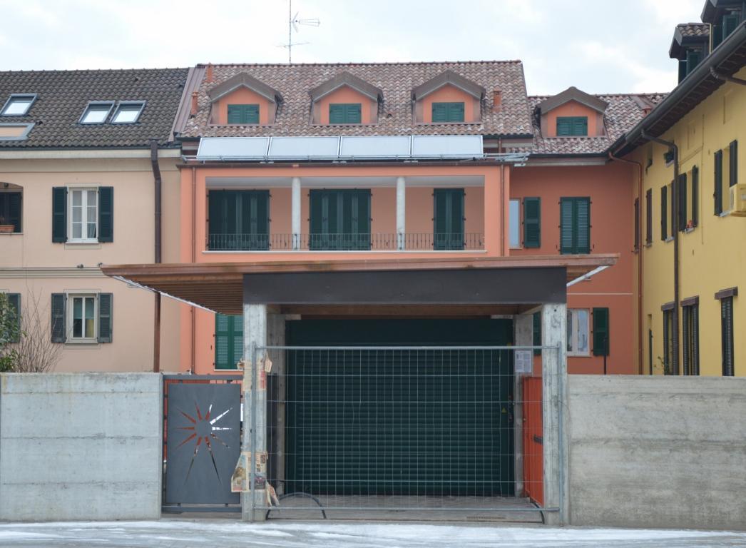 Bilocale Villasanta Piazza Daelli 3