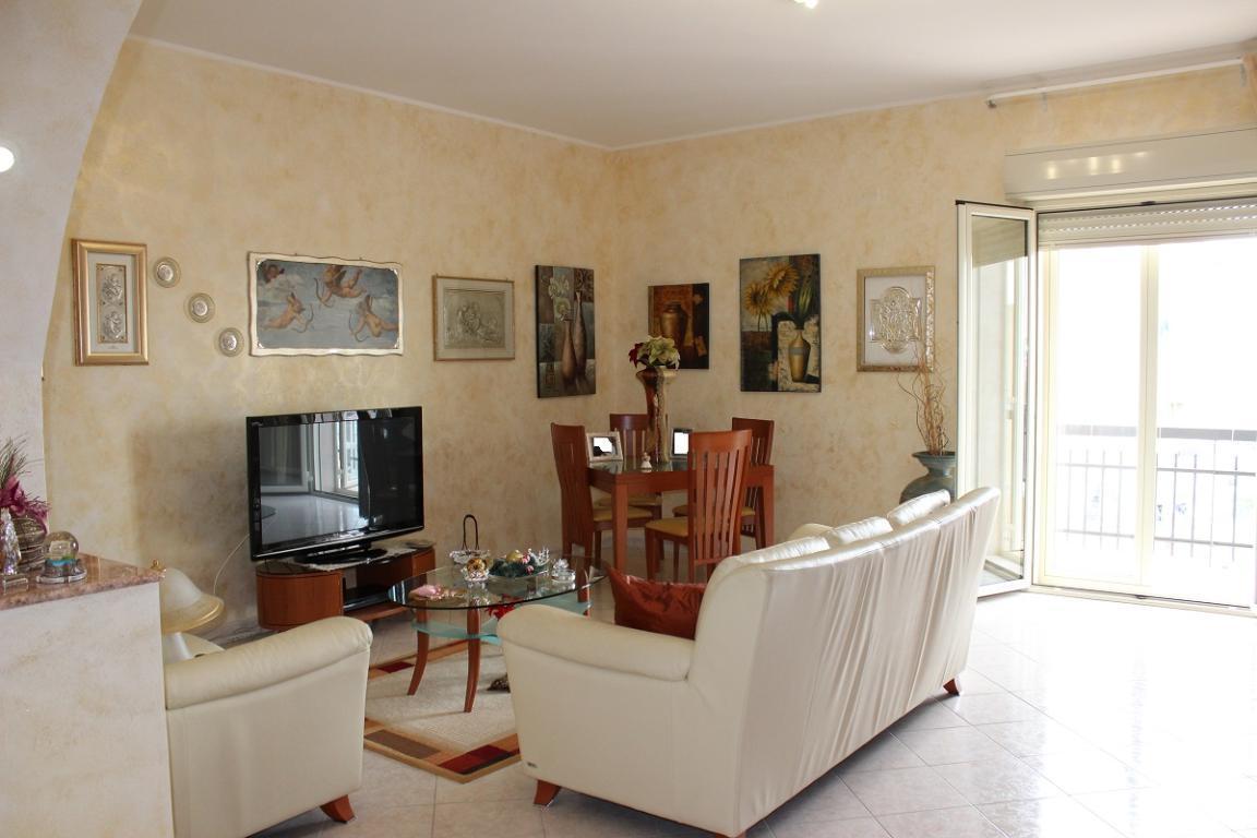 Appartamento, 140 Mq, Vendita - Siracusa (Siracusa)