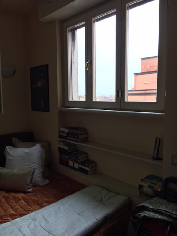 Bilocale Milano Via Savare' 9