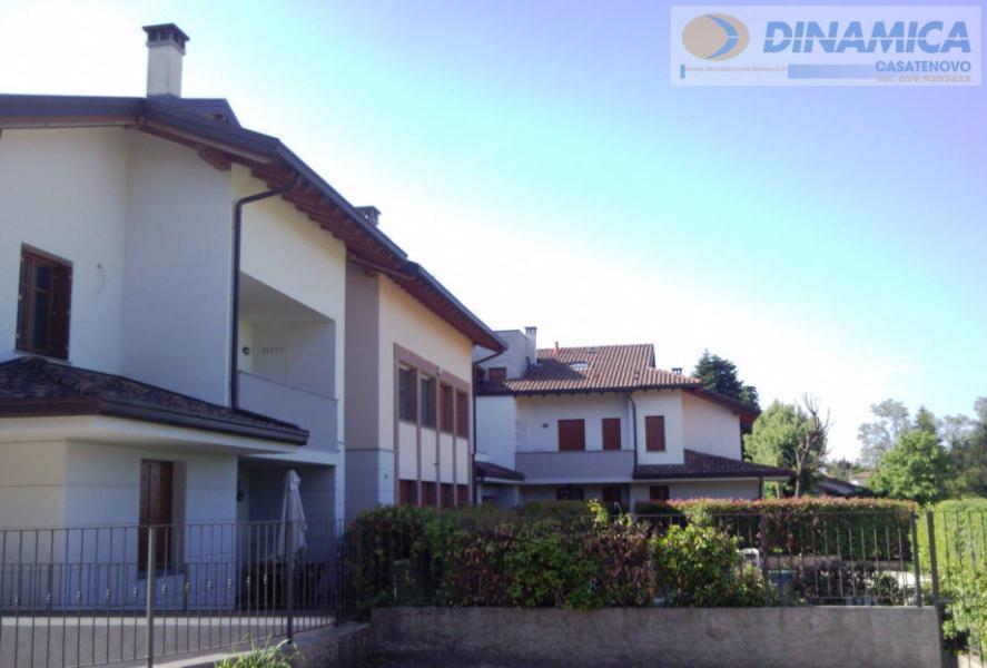 Bilocale Lomagna Via Villaggio Dei Pini 7
