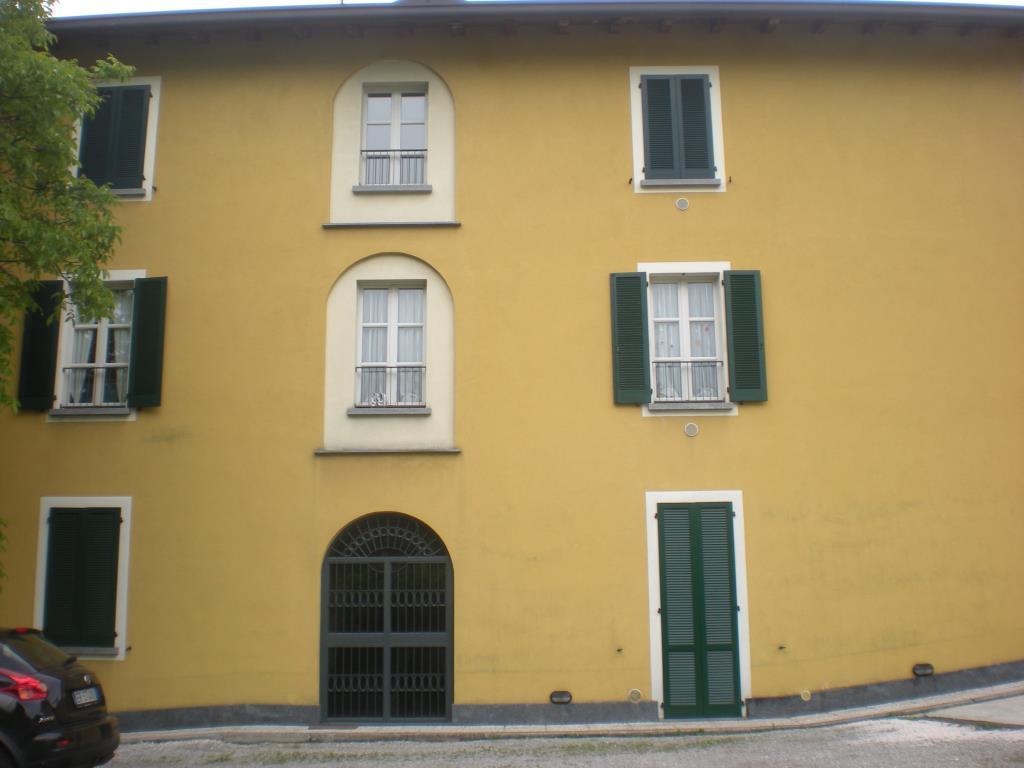 Appartamento in affitto a Como, 3 locali, zona Località: San Rocco, prezzo € 680 | Cambio Casa.it