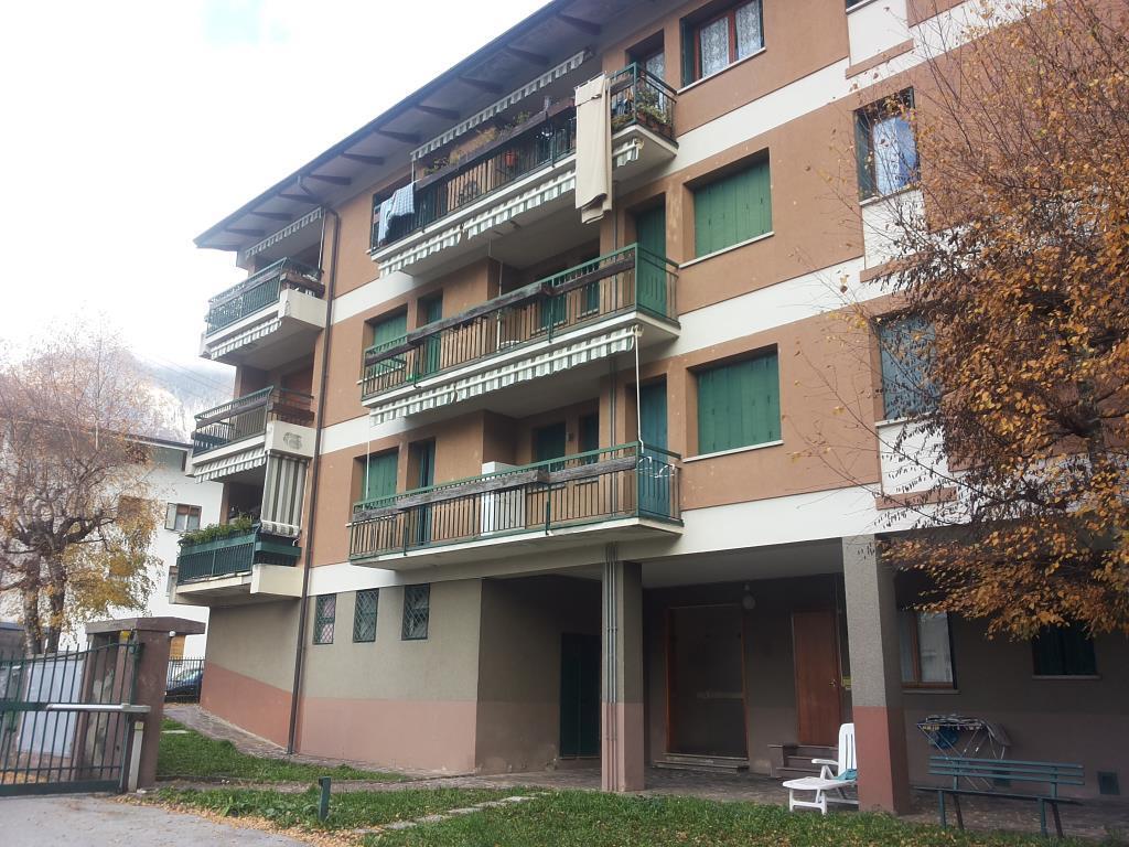 Appartamento in vendita a Ballabio, 3 locali, prezzo € 85.000 | CambioCasa.it