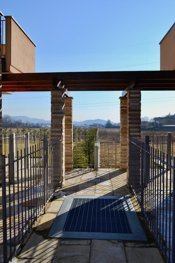 Appartamento in vendita a Barzana, 2 locali, prezzo € 145.000 | Cambio Casa.it