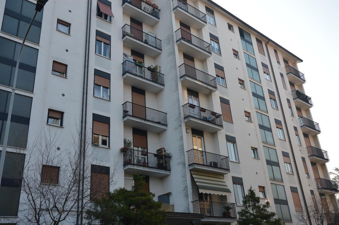 Bilocale Concorezzo Via Varisco 3