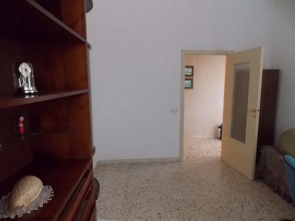 Affittasi ampio e luminoso appartamento a Grottammare (AP)